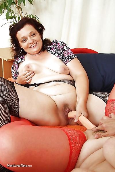 Mature moms toy lesbian..