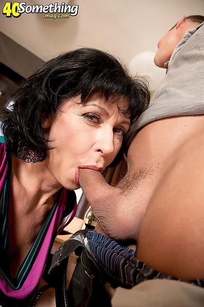 Aged brunette lady finds..