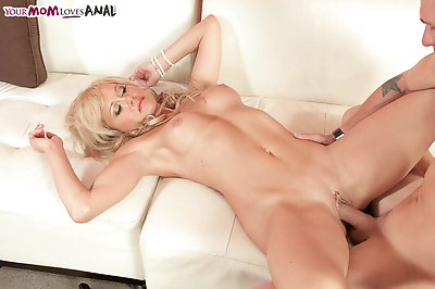 Hot mature mom Jenny..