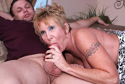 Naughty mature lady getting..