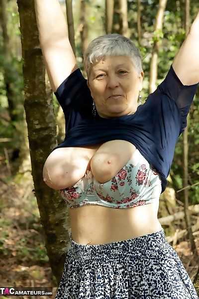 Bold old granny Savana shows..