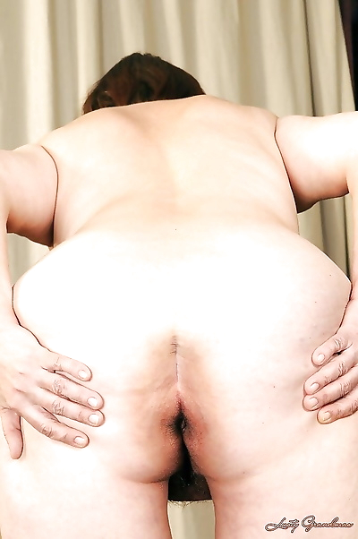 Fatty granny with big ass..