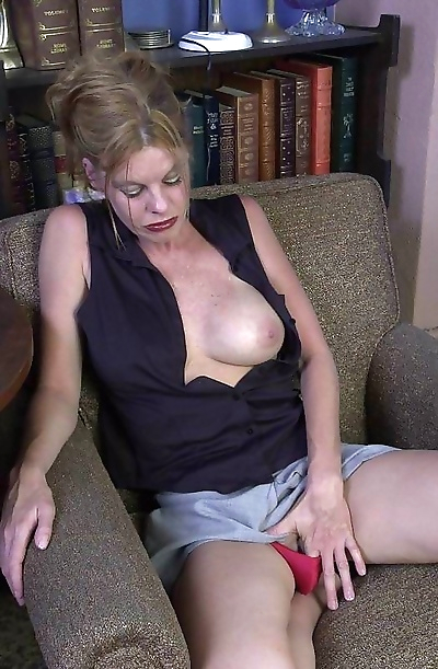 Busty granny toying herself..