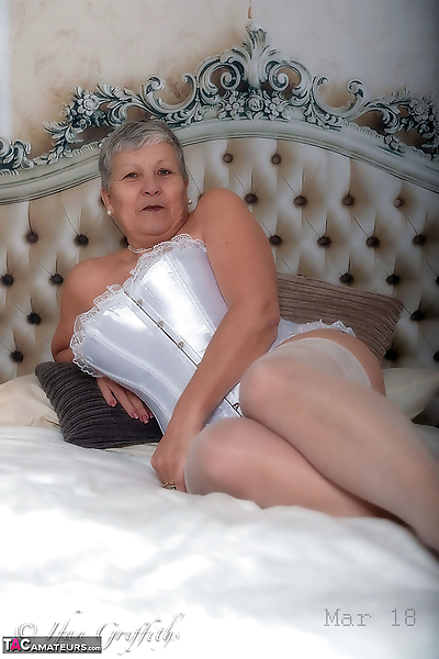 Granny first timer Savana..