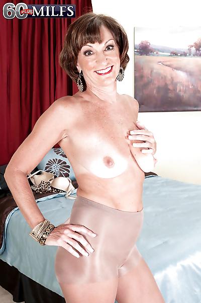 Hot granny Sydni Lane strips..