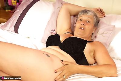 Short haired UK granny..