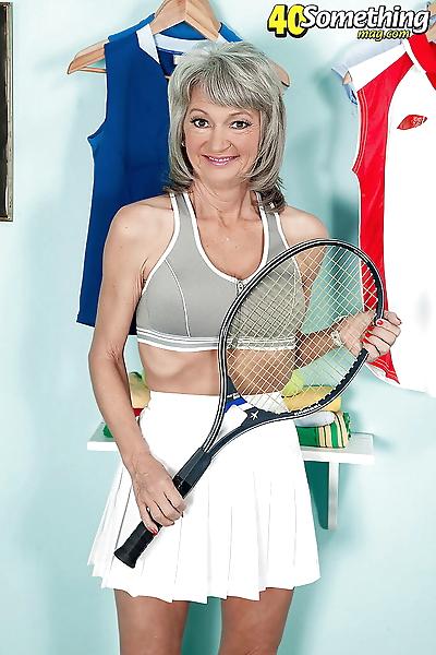 Cheyanne doffs tennis..