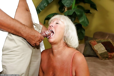 Lusty granny gives a great..