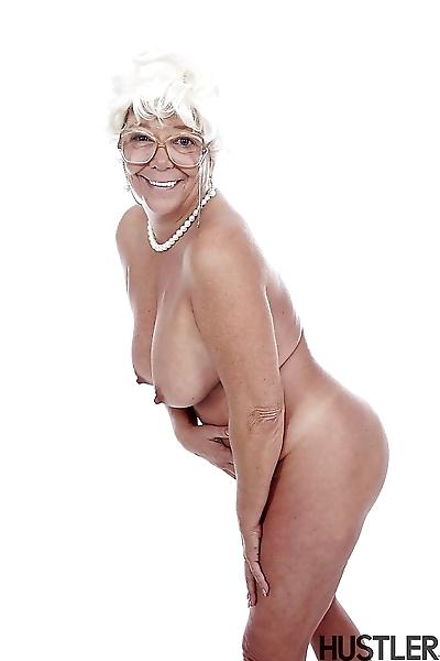 Granny pornstar Karen Summer..