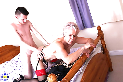 Naughty mature lady fooling..