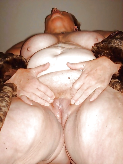 Hot nude granny - part 1894