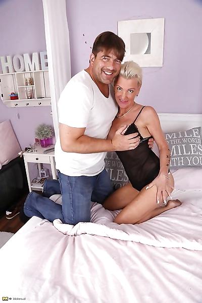 Kinky german housewife sucks..