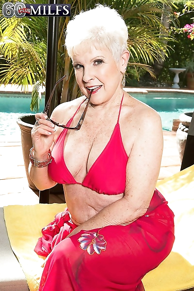 66yearold jewel fucks with..