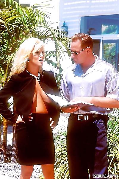 Top office blonde jill kelly..