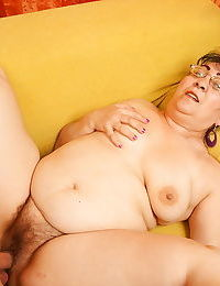 Chubby mama fucking her boy toy - part 2194