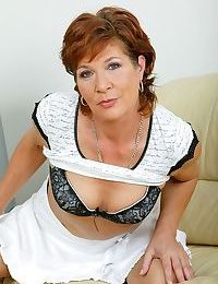 Mom dana sits on her vibrator - part 4770