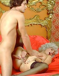 Vintage pornstar candy samples fucking in hardcore action - part 4873